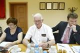 Zarząd powiatu pod ostrzałem. Inicjatorzy referendum zachęcają oleśniczan do poparcia protestu