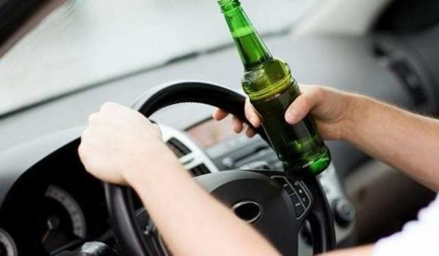 Pijany 36-latek wydmuchał dwa promile alkoholu.