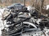Nadleśnictwo Gniezno odkryło odpady samochodowe w lesie