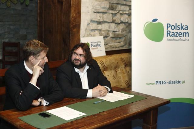 Marek Migalski i Adam Rakszawski podczas dzisiejszej konferencji w bielskim pubie Galicja.
