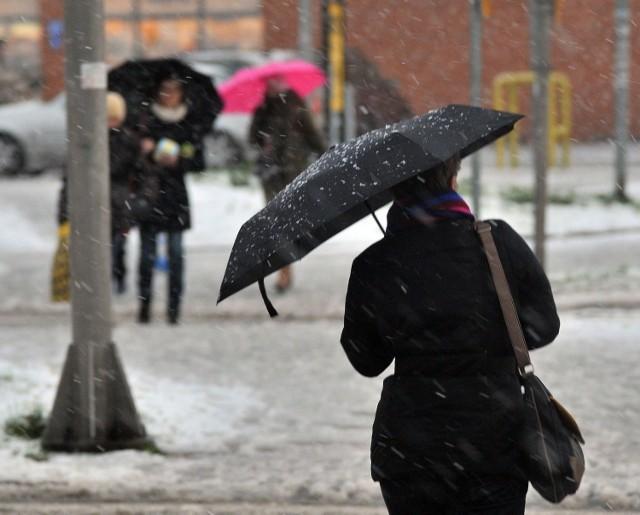 Nad woj. lubelskie mają wrócić opady śniegu
