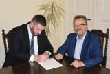 Powiat z gminą Nowa Wieś Lęborska sfinansuje trzy inwestycje drogowe
