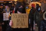 """""""Wojna trwa"""". Kolejny protest w Radomsku 30.10 [ZDJĘCIA, FILM]"""