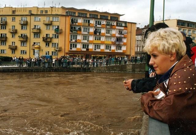 Właśnie mija 21 lat od powodzi w Legnicy, zobaczcie zdjęcia