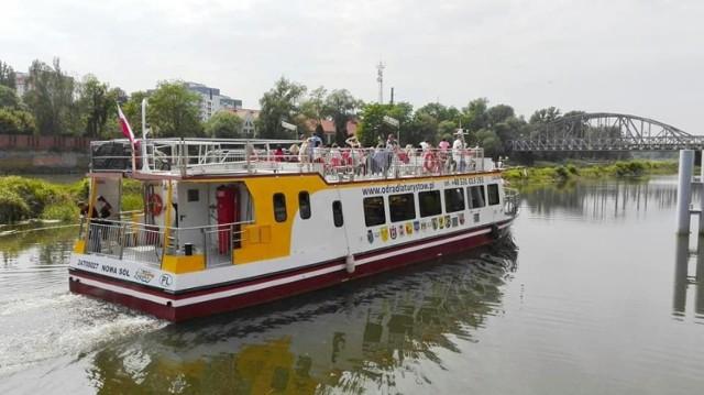 Statek Laguna na Odrze w Głogowie