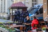 Trójmiasto szykuje się na okres wakacyjny. W Sopocie i Gdańsku więcej patroli policji