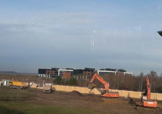 Budowa pierwszego budynku wchodzącego w skład Airport City rozpoczęła się pod koniec grudnia