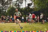 Akademickie Mistrzostwa Polski w Biegach Przełajowych. W Supraślu pojawiło się kilkuset biegaczy (zdjęcia)