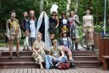Nietypowy pokaz mody w Dolinie Gęśnika. Inne spojrzenie na świat mody w wersji marki Platie