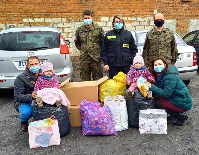 Rezerwiści z Chełmna, Grudziądza i Bełchatowa przywieźli nakrętki dla Zuzi z Chełmży