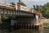 Konin. Raport z budowy nowego mostu w dzielnicy Bernardynka. Trwa zbrojenie płyty