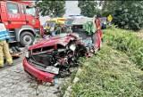 Wypadek w powiecie gdańskim 28.07.2021: 3 auta, 5 poszkodowanych i śmigłowiec LPR w akcji
