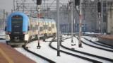 Uwaga podróżni! Awaria pociągów na trasie Katowice - Gliwice. Śnieg i silny mróz unieruchomiły składy