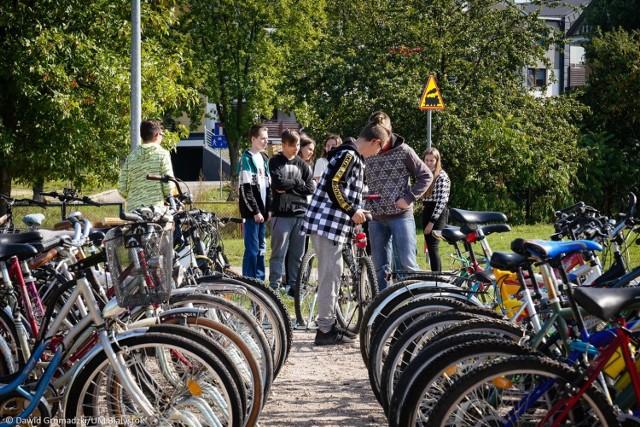 Szkoła Podstawowa nr 43 wzbogaciła się o ponad 60 rowerów