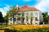 Powiat gdański. Praca urzędów 24 grudnia 2020. Czy w wigilię będzie pracować Urząd Miasta w Pruszczu Gdańskim, urzędy gmin i Urząd Skarbowy?