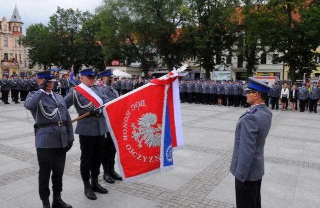 W KPP w Chełmnie znów wrze. Tym razem problemy ma jej komendant Andrzej Sz. (na zdjęciu z prawej)