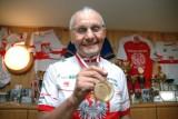 Mistrz kolarski, olimpijczyk Jerzy Leśniak  Zasłużonym dla miasta Kołobrzeg. Ma dziś 92 lata