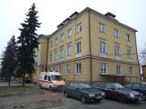 """Szpital w Pajęcznie znów z oddziałem """"covidowym"""". Inni pacjenci mają zgłaszać się m.in. do Wielunia"""