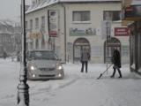 Parkingi Żory Śródmieście: nadal obowiązuje uchwała - nie płacimy, gdy parkingi toną w śniegu