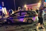 Bytom: Radiowóz na sygnale uderzył osobówkę. Ranni policjanci [ZDJĘCIA]