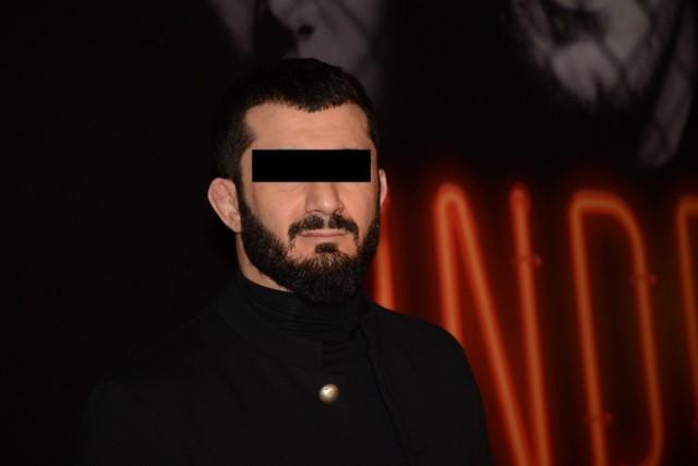 Zawodnik MMA Mamed Ch. jest oskarżony m.in. o paserstwo