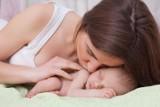 Dzień Matki 2020. Ile mam w Kujawsko-Pomorskiem nam ostatnio przybyło i co o nich wiemy