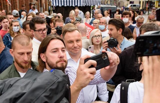 Andrzej Duda wygrał I turę wyborów
