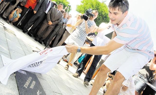 Michał Bąkiewicz niedawno odsłonił swoją tablicę w Alei Siatkarskich Gwiazd w Bełchatowie