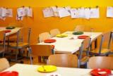 Uczniowie podstawówki na Wichrowym Wzgórzu otrzymali obiad z larwami. Sprawę bada Sanepid