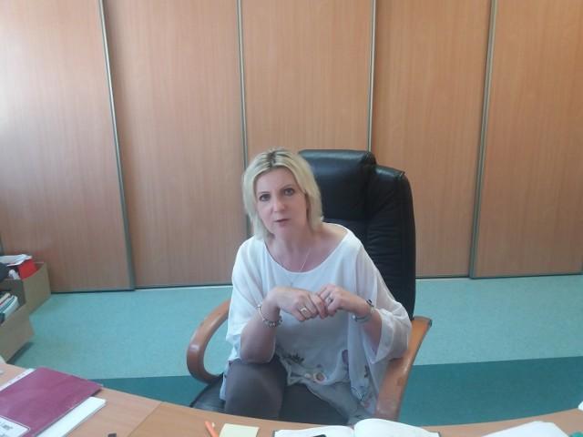 Katarzyna Dymel - dyrektor SP2: - Te wpisy są dla naszego grona po prostu oburzające.