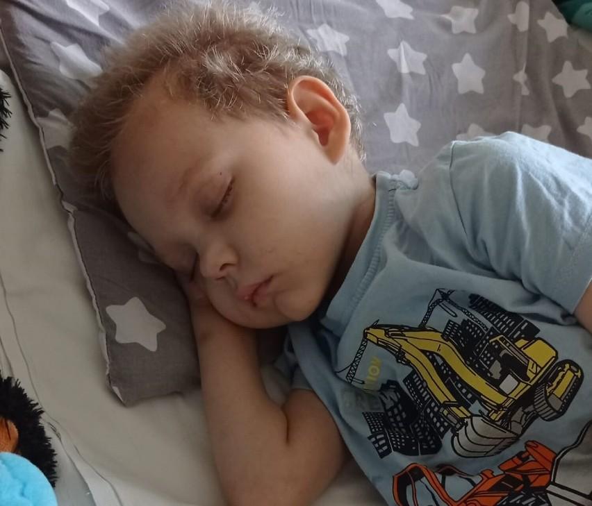 Potrzeba milion złotych na uratowanie życia 3-letniego Hubiego