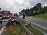 Śmiertelny wypadek na A1. Nie żyje 1 osoba. Samochód osobowy zderzył się z ciężarówką. Autostrada A1 została odblokowana