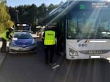 Jastrzębie: policja kontroluje noszenie maseczek. Mundurowi pojawili się w autobusach i centrach handlowych. Wystawili kilkanaście mandatów