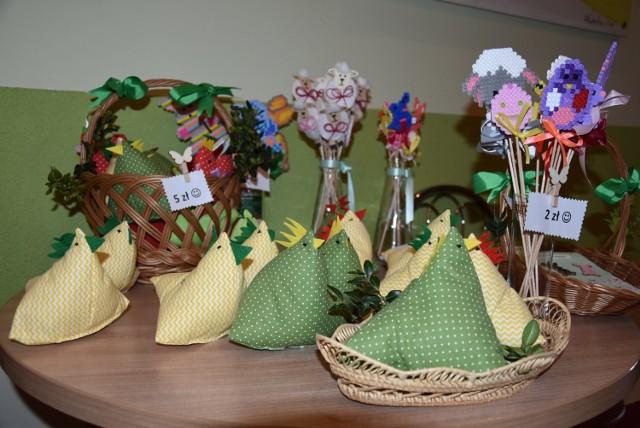 W UMiG w Czerniejewie można było nabyć rękodzieła wykonane przez dzieci ze Świetlicy Środowiskowej w Żydowie