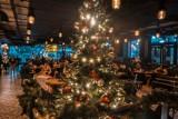 Christmas Party w Elektrowni Powiśle. Warszawiacy poczuli świąteczny klimat w środku lata