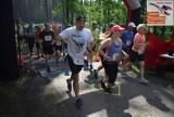 Xtream Półmaraton Stobrawski w Dąbrówce Łubniańskiej. Zobacz, jak biegacze radzili sobie na trasie [DUŻO ZDJĘĆ]