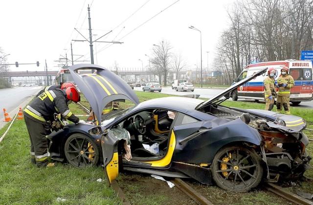 Raport KE: 4 tys. mniej osób straciło życie na drogach państw UE w 2020 r. Polska w 2020 miała 65 ofiar śmiertelnych na milion mieszkańców