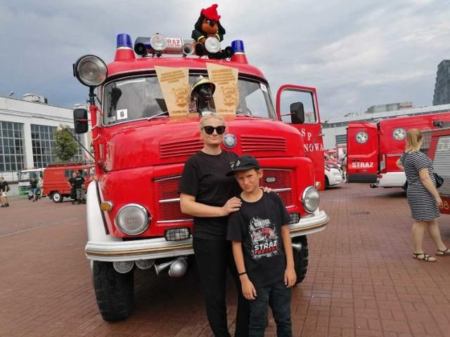 Kalinowa pęka z dumy! Strażacki wóz bojowy nagrodzony w Poznaniu