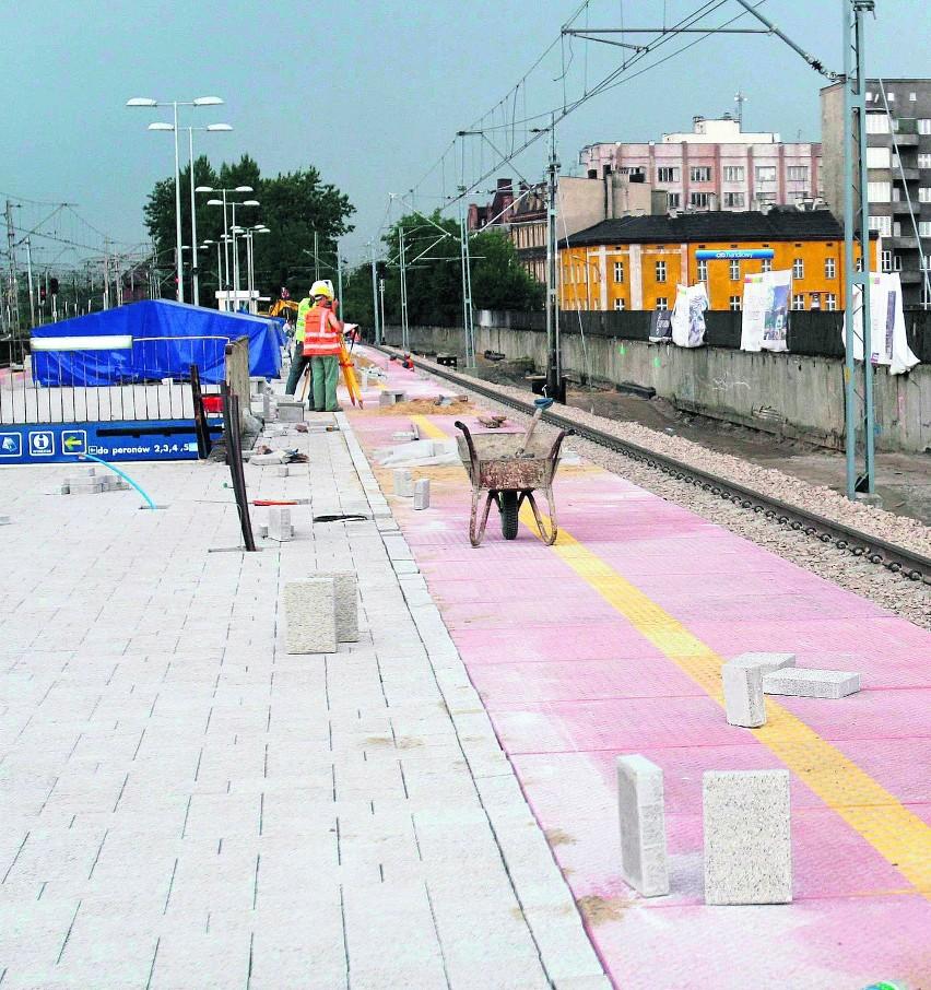 Remont peronów w Katowicach