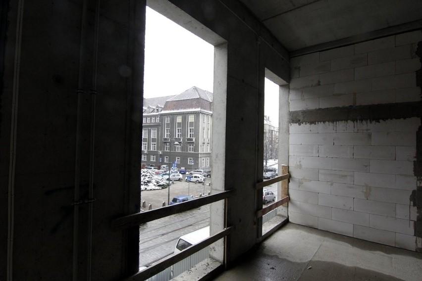 Wrocław: Budowa nowego sądu przy Świebodzkiej na półmetku (ZDJĘCIA)