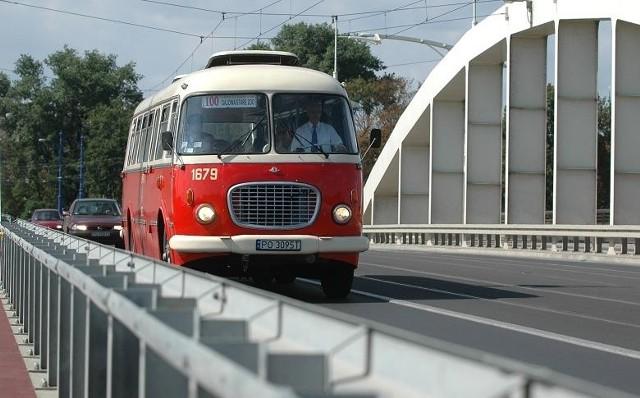 Zabytkowe autobusy będą jeździły w soboty i niedziele co pół godziny