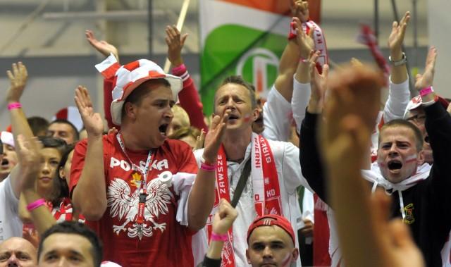 Lubelscy kibice dopingują Polaków na Euro 2012