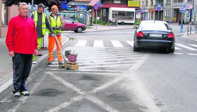 Jerzy Pajerski uważa, że miasto nie powinno zabierać miejsc parkingowych osobom niepełnosprawnym