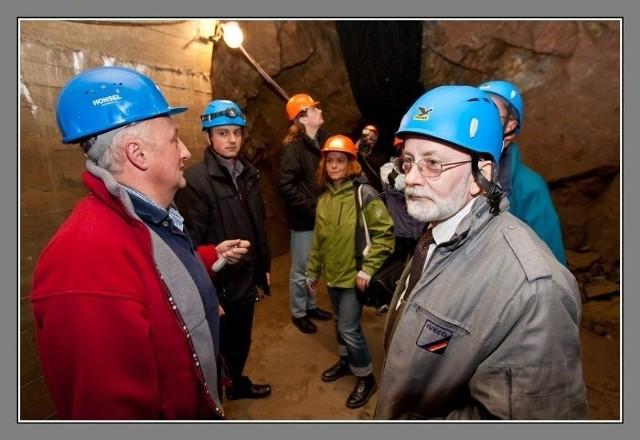 Niedostępne do zwiedzania podziemia pod zamkiem Książ rozpalają wyobraźnię historyków i poszukiwaczy skarbów