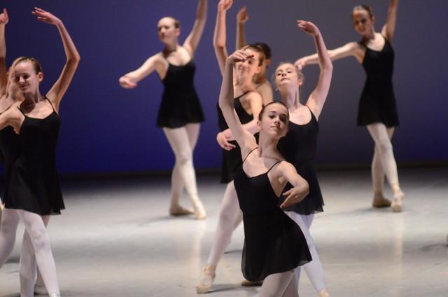 Koncert dyplomowy uczniów Ogólnokształcącej Szkoły Baletowej.