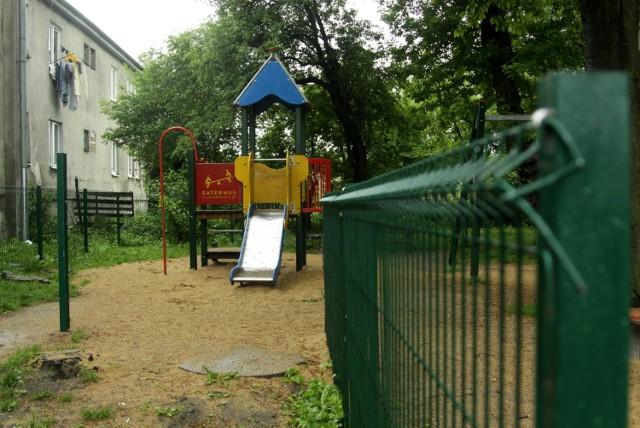 Lubelskie place zabaw zniszczone przez wandali