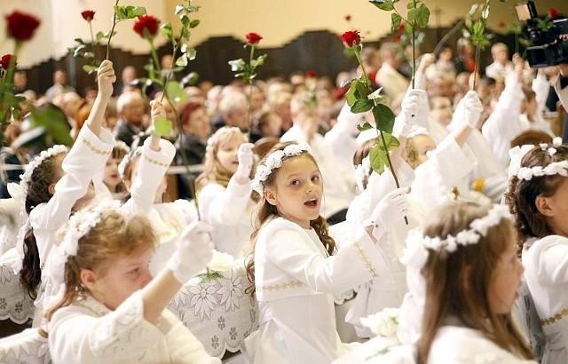 Komunia to nie tylko religijne i rodzinne  święto. To także okazja do drogich prezentów