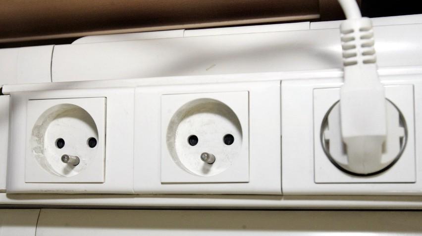 Serniki: Podłączył prąd do ogrodzenia sąsiada