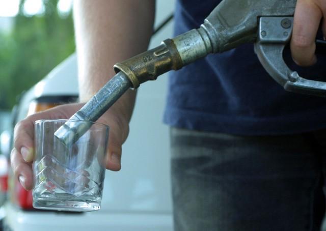 Fiskus zarzuca przedsiębiorcom sprzedaż oleju opałowego niezgodnie z przeznaczeniem, czyli nie do pieca, ale do baku