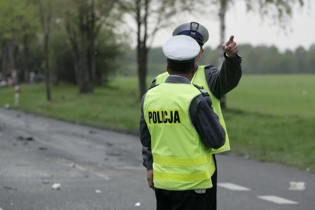 Pijany złodziej uciekał przed policją furgonetką z chlebem.